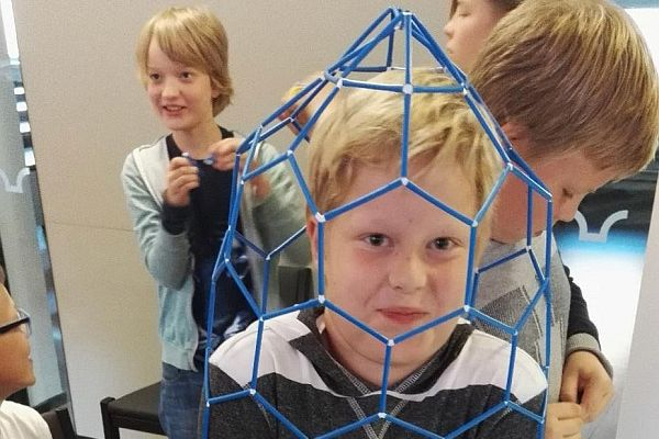 Individual Creativity and Career Choices of Preteens in the Context of a Math-Art Learning Event