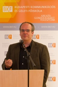 Dr. Lavicza Zsolt, a GEOMATECH kutatásvezetője, a program ünnepélyes megnyitóján